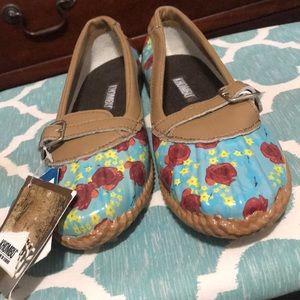 Flat Rain Shoes